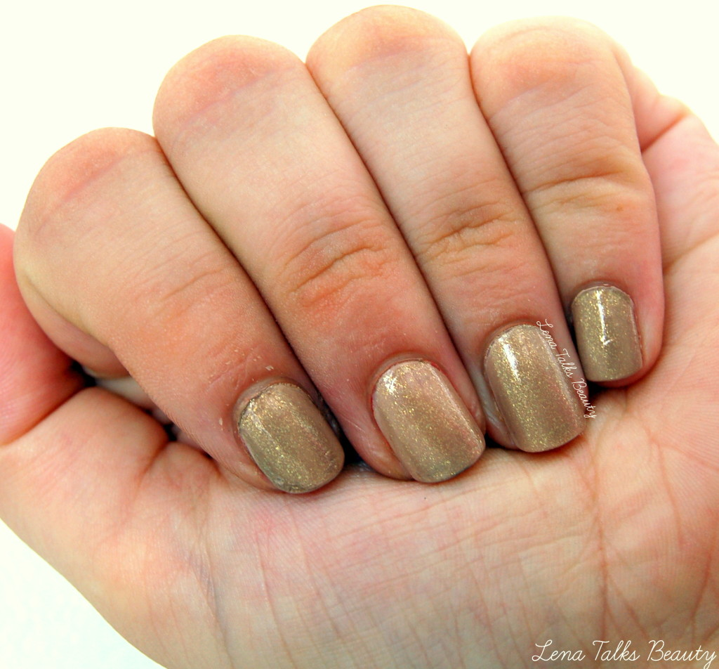 Nail Buttons: Neutral Glittery Nails